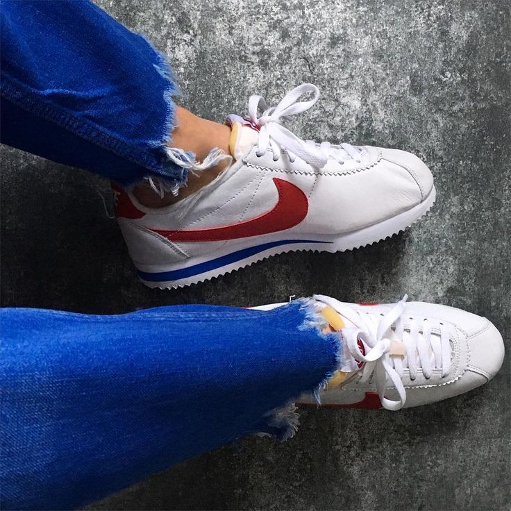 Nike Sportswear CLASSIC CORTEZ - Trainers - white/varsity red/varsity royal 8su0qy9r