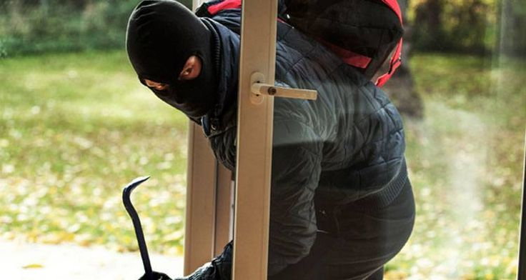 Keep Doors Locked  #security #alliancesecurity #jaygotra