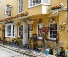 Buccaneer Inn Tenby