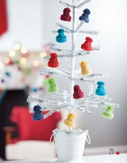Cindy deRosier: My Creative Life: Yarn Whimsies for the Holidays - Hat Ornaments