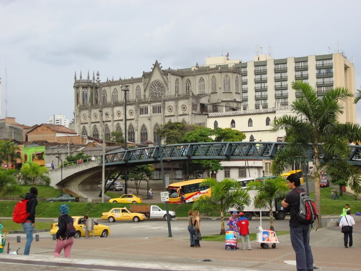 PlazadeBolivar Pereira - Colombia