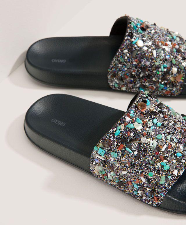 les 53 meilleures images du tableau toutes en mules sur pinterest chaussures femmes. Black Bedroom Furniture Sets. Home Design Ideas