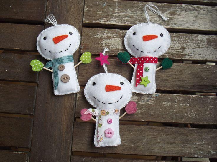 Suspension bonhomme de neige de Noël en feutrine, original et fait-main : Accessoires de maison par floriane-s