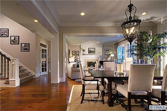 How Big Is A  X  Dining Room