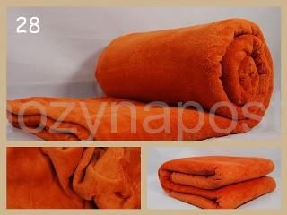 Deka na postel v tmavě oranžové barvě