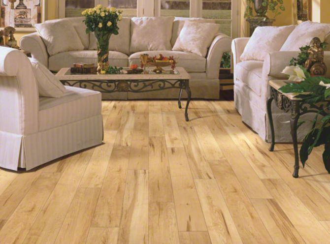 Salvador projects to try pinterest laminate flooring for Abanos furniture industries decoration llc