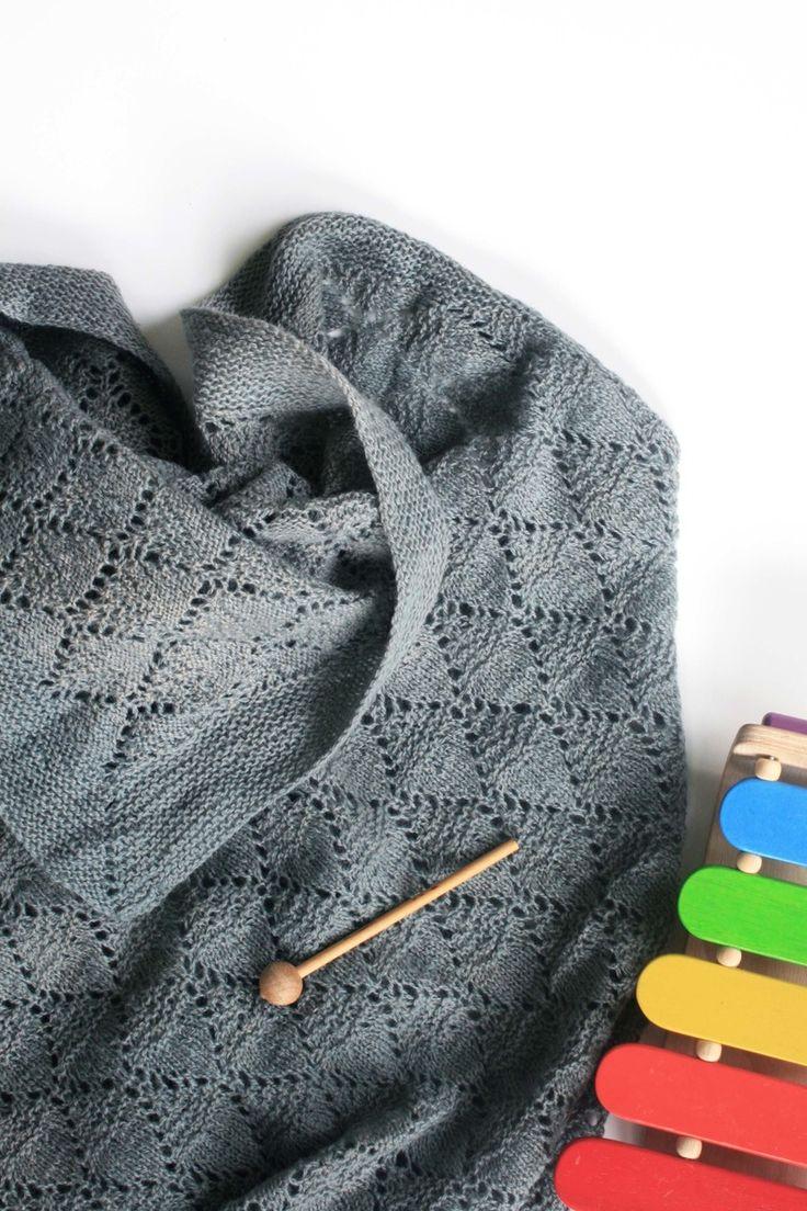 Harlekin er et varmt og luftigt babytæppe - perfekt til en tur med barnevognen. Et tæppe, som ikke kradser, og som med sit luftige hulmønster er et...