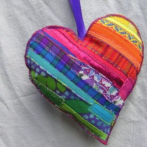 So cheerful!: Scrap Heart, Quilts Heart, Fabrics Heart, Rainbows Color Quilts, Rainbows Heart, My Heart, Happy Heart, Scrap Fabrics, Christmas Ornament