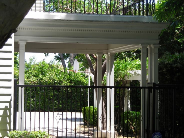 32 best car ports porte cocheres images on pinterest for Cottage house plans with porte cochere