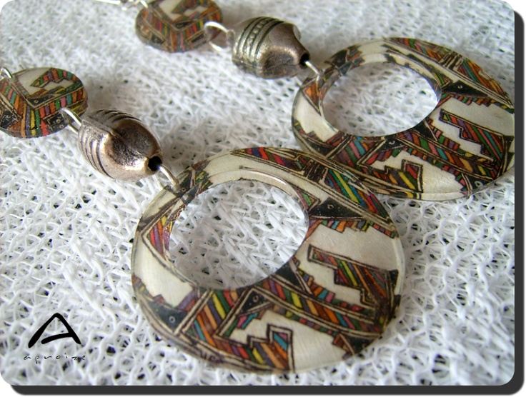 North-American indian pattern, striped and multicolored polyshrink tinklering by aproize