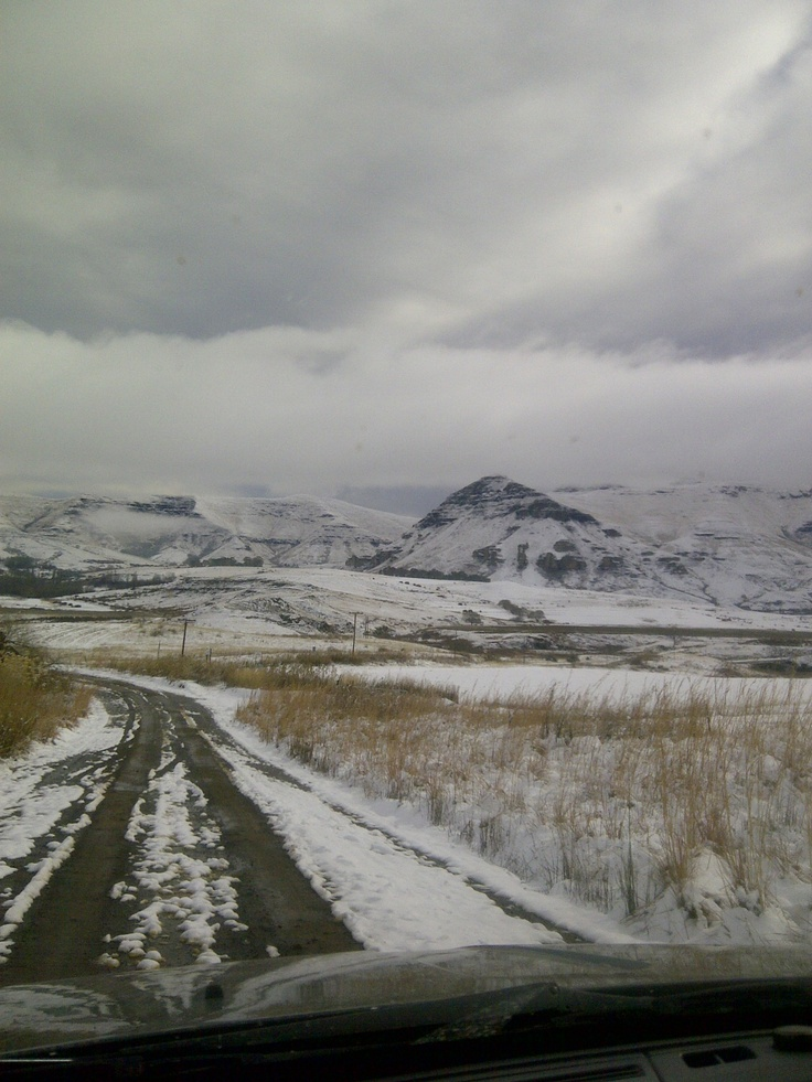 Clarens under snow. http://www.n3gateway.com/the-n3-gateway-route/clarens-tourism-forum.htm