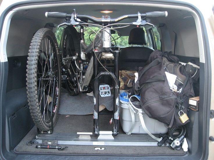 986008d1430758561-looking-car-interior-bike-rack-design-ideas-vertical-bike-stowage-inside-suv-img_2172_zps47f89670.jpg (986×740)