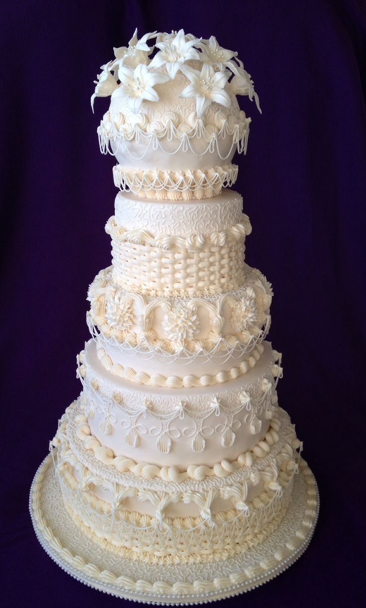picture of royal icing wedding cake 10 best ideas about wedding cakes with icing on 18357