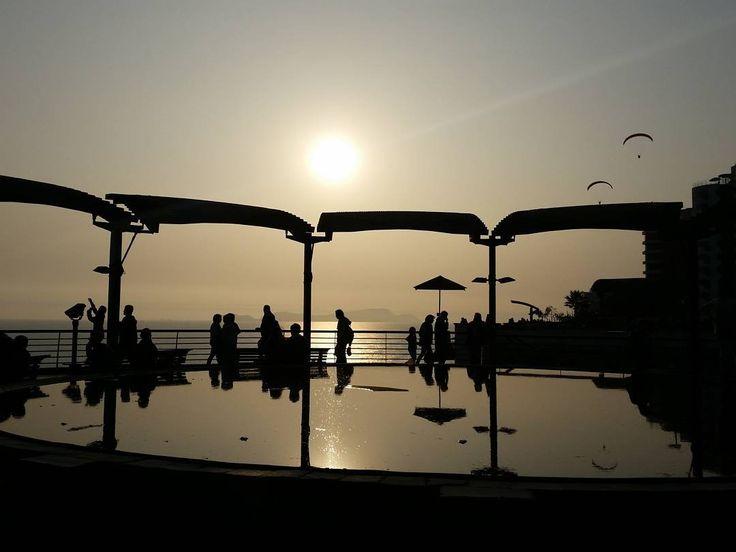 2015 Larcomar Lima. Spend a couple of hours at Larcomar shopping centre and then sat down to watch the sun set. #Peru #lima #miraflores #larcomar  #instatravel #traveller #igtraveller #tourism #igtravel #travelgram #travelphotography #travel #traveling #traveling #igperu #instaperu #igperu by rani_tina