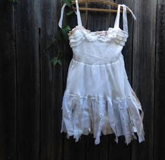 blanc vaporeux anthropologie tattery maeve demoiselle d'honneur minable latte écru boho rustique lune de miel plage douche Gypsy robe mariée haut de robe