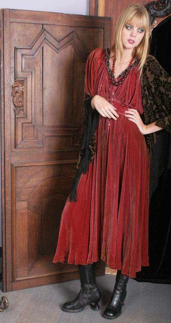 Vintage Rose Velvet Dress by gypsy moon.  Absolutely love this.  It is no longer available, unfortunately.