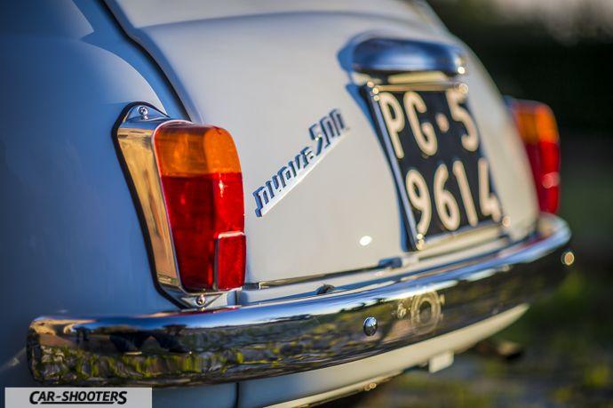 Nuova Fiat 500 D dettaglio logo posteriore
