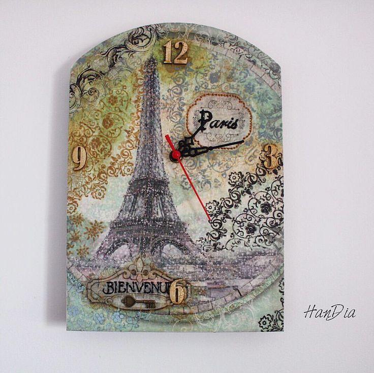 Ceas vintage decoupage 🕓🕰🕐#decoupage #handiamade #handia #handmade #vintage #clock #vintageclock #handmadeclock #ideecadou #handmadebucuresti #ceas #decor #decorated #interior #details #homedecor #parisdecor #bienvenue