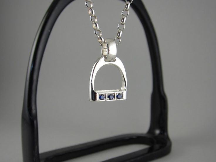 EP080a+ - Small Wide Bar with 3 Syn Sapphire Stirrup Pendant – The Cambridge Collection