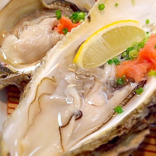 「落ち牡蠣〜…」と一瞬逡巡しましたが、安さに目が眩んでオーダー。うん、美味しい❗️ - 46件のもぐもぐ - 宮城県産の落ち牡蠣 by riffleshuffle