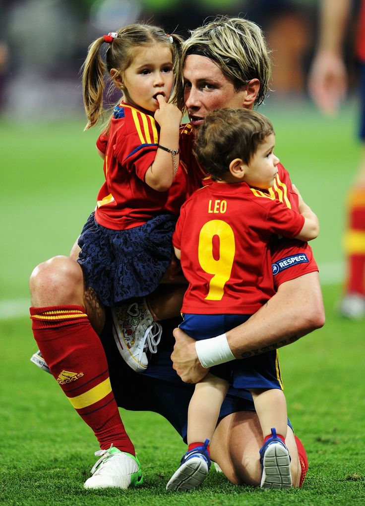 Fernando Torres and his children after the win of the European Championship 2012.