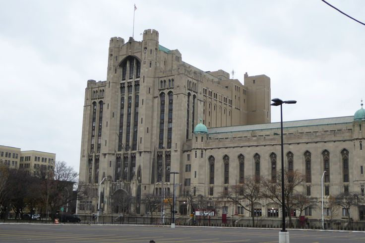 Detroit's Masonic Temple is the largest building of its kind in the world. Land on Bagg Street (now Temple Avenue) was acquired and by 1920, the architectural firm George Mason and Company had completed an integrated design of a multi-function complex. Ground was broken on Thanksgiving Day, 1920. The cornerstone was laid on September 18, 1922, during a ceremony attended by thousands of Detroiters, using a trowel previously used by George Washington during the construction of the U.S…