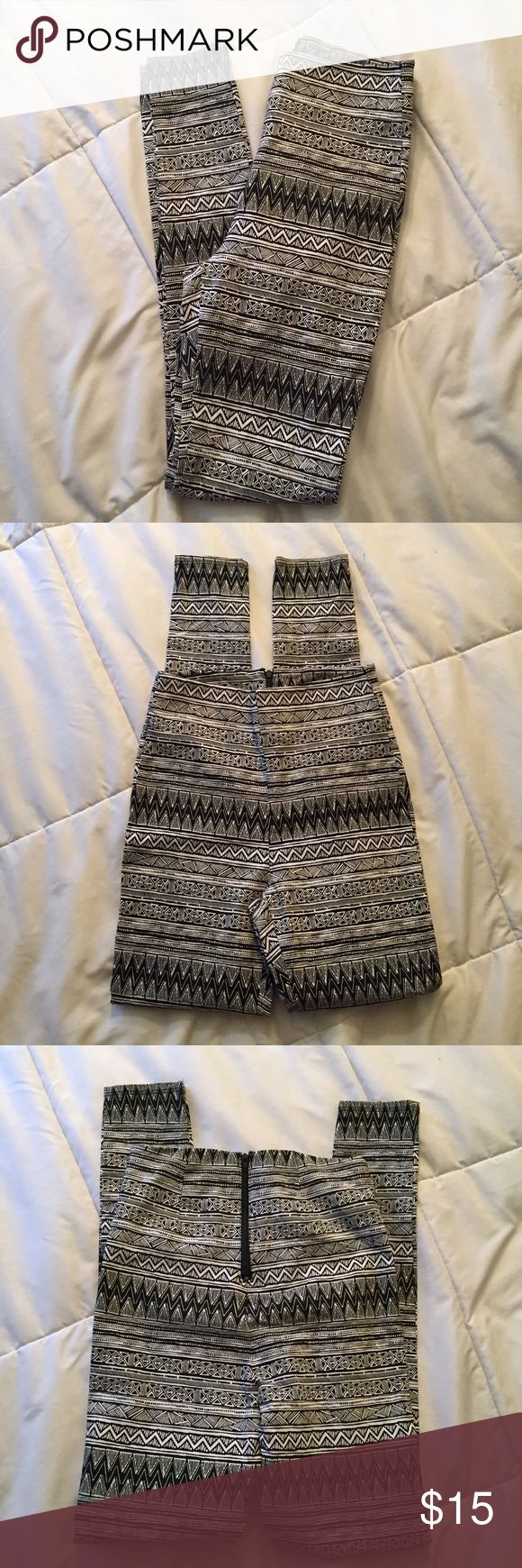 NWOT LA Hearts aztec print high waisted pants Super cute high waisted aztec print pants with zipper up back. Perfect with a crop top or lace bralette for summer! Only tried on and removed tags but never worn. Absolutely love these, they're just a little too small. LA Hearts Pants Skinny