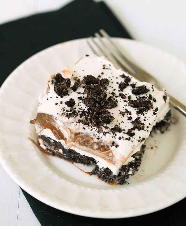 No-Bake Oreo Layer Dessert- but I will do it with golden oreos and vanilla pudding instead of all that chocolate!