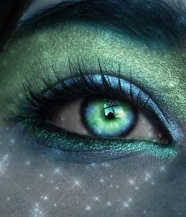 улица пересекает ярко зеленые глаза фото цвет морской волны вас познакомить