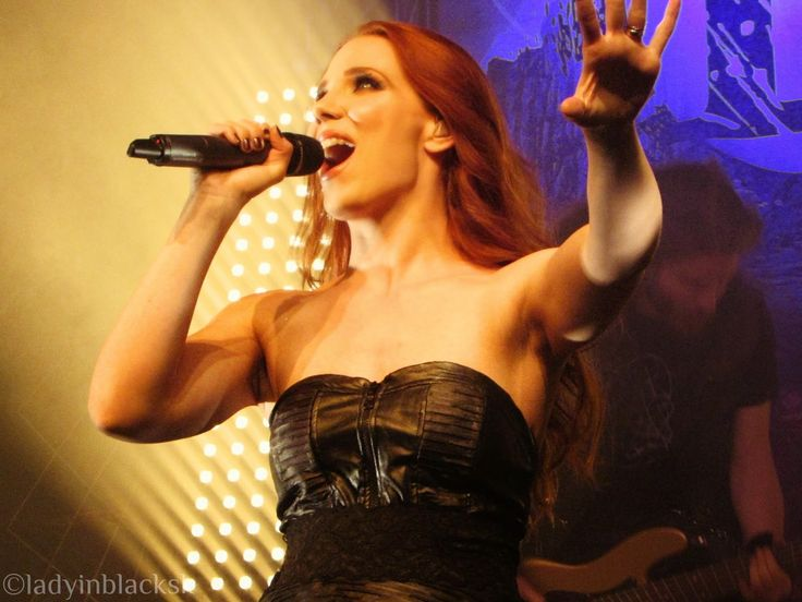 lady in black: Music http://ladyinblacksk.blogspot.nl/2014/12/how-epic-epica-hit-european-enigma-tour.html  #simonesimons #epica #quantumenigma #thequantumenigma #luxembourg