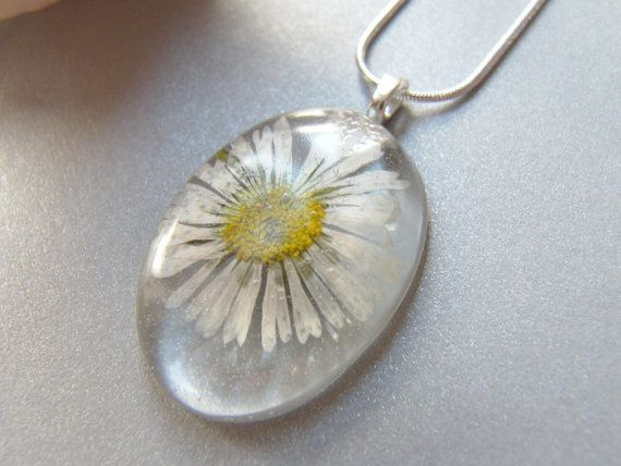 Real Daisy Necklace Real Flower Eco Jewelry by WishesontheWind