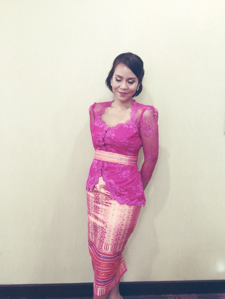 Kebaya modern paired with songket. #lace #pink #traditional