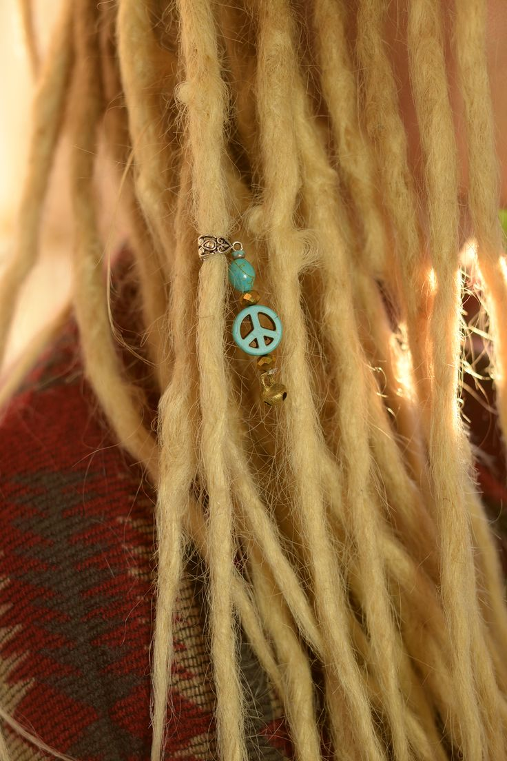 There is so much hate going on in the world today and it makes me really sad.  Here is one of many hidden dreadlock jewelry that we have hidden in our warehouse. Do you think that we should put them up in our webshop so you can spread some peace and understanding around you! Sending lots of love to all of you out there today!