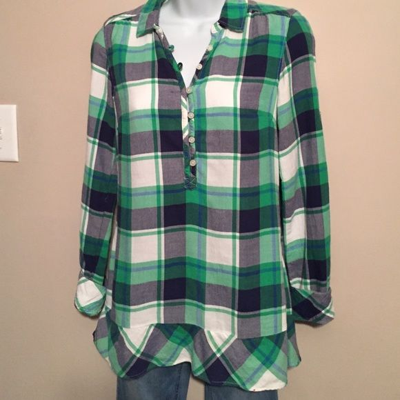 American Eagle Outfitters Size 0 Flannel Tunic American Eagle soft green and blue tunic.  Cotton flannel with roll up sleeves .  Size 0  XS American Eagle Outfitters Tops Tunics