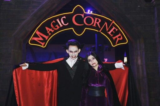Mr & Mrs Vampire  Find them at Magic Corner zone only in Trans Studio Bandung   #transstudioicon  #vampire  #magiccorner  #transstudiobandung