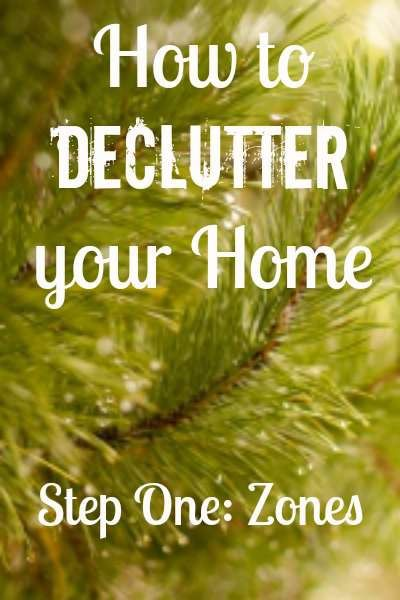 Decluttering ideas so you can earn how to declutter your home in an organized way. Includes a free decluttering worksheets for a home binder! Found at www.PintSizeFarm.com