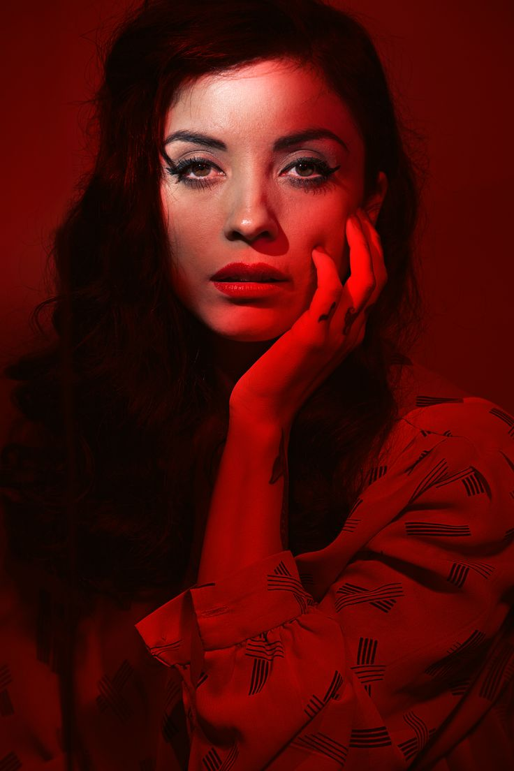 The fiery Chilean singer-songwriter Mon Laferte coming to The Roxy Theatre this Sunday!