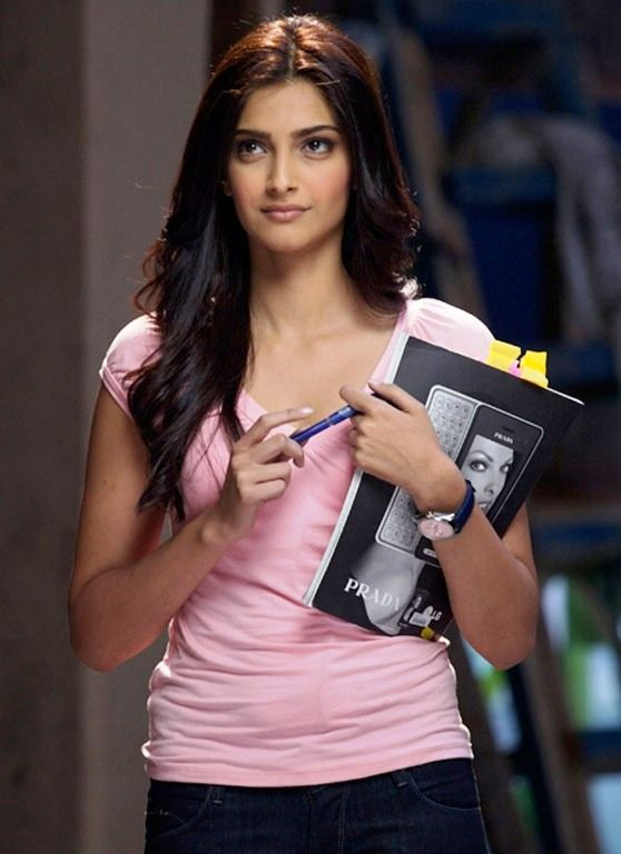 Sonam Kapoor In I Hate Luv Storys Movie