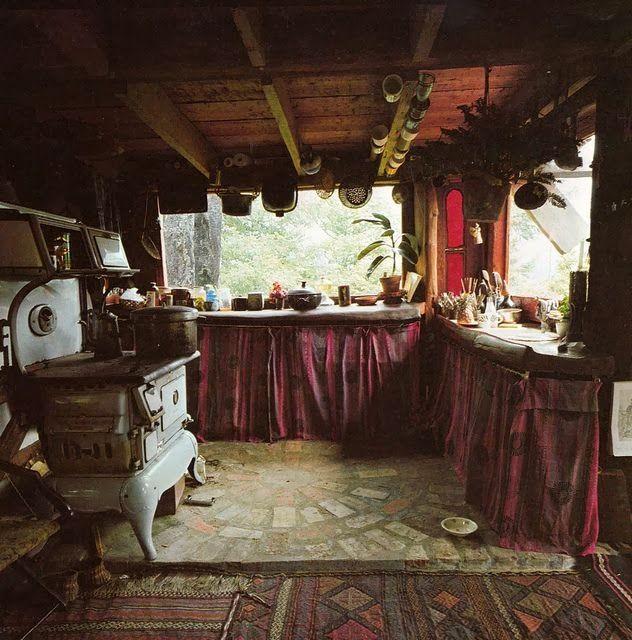 Inspiration monday: Bohemian Kitchen for a winter kitchen vs. summer kitchen