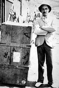 Andries Smorenburg and his crate Saint Helena Island Info Boer Prisoners