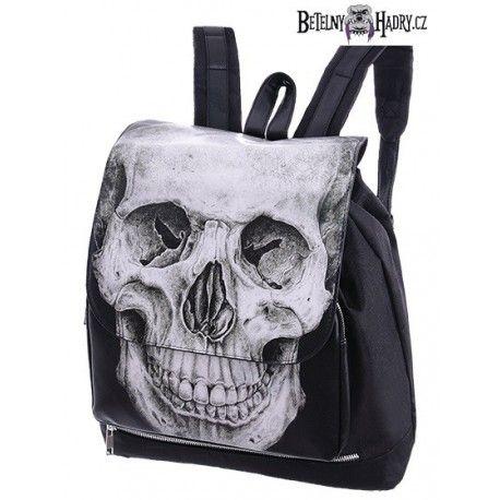 Batoh v černé barvě s potiskem lebky, velmi prostorný.