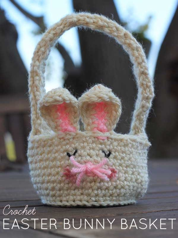 Looking for an Easter Basket? Why not try this super-simple (but super-cute) Free Crochet Easter Bunny Basket pattern. Beginner-friendly!