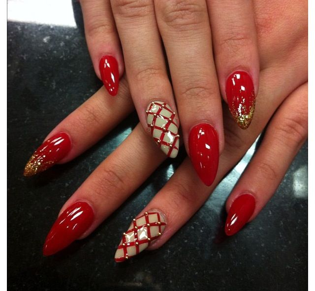 Stiletto Nails - Red