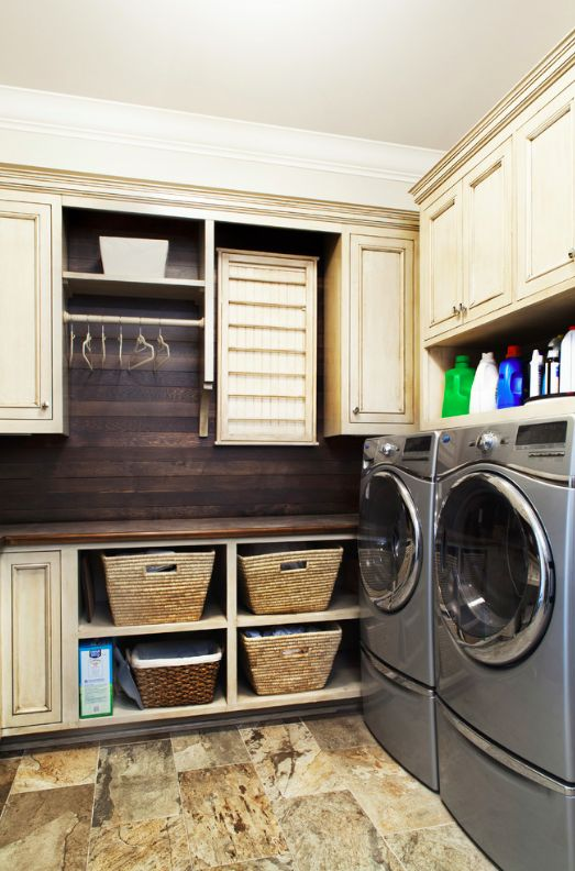I dedinitely thinknwe could get away w/ a plank wall in the mudroom either above washer & dryer or beside that wall