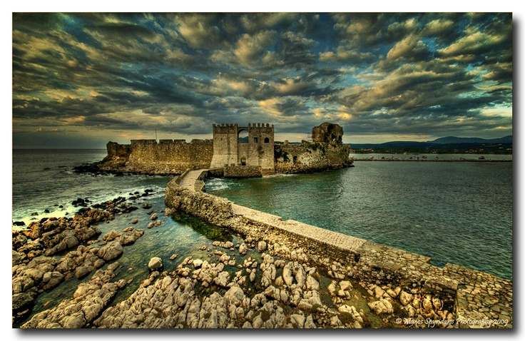 The #castle of Methoni, Greece, nice fortified island www.house2book.com