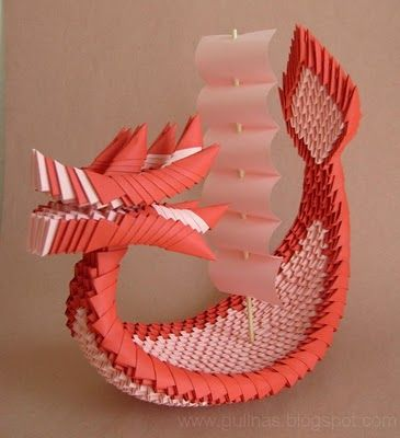 Dragon Boat. modular Origami. This looks like the king of Red Lions from Legend of Zelda: Wind Waker, all it needs is an origami Link!