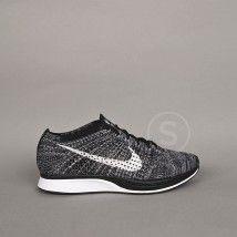 Nike, Flyknit Racer Oreo, The Social Sneaks, Sneakers