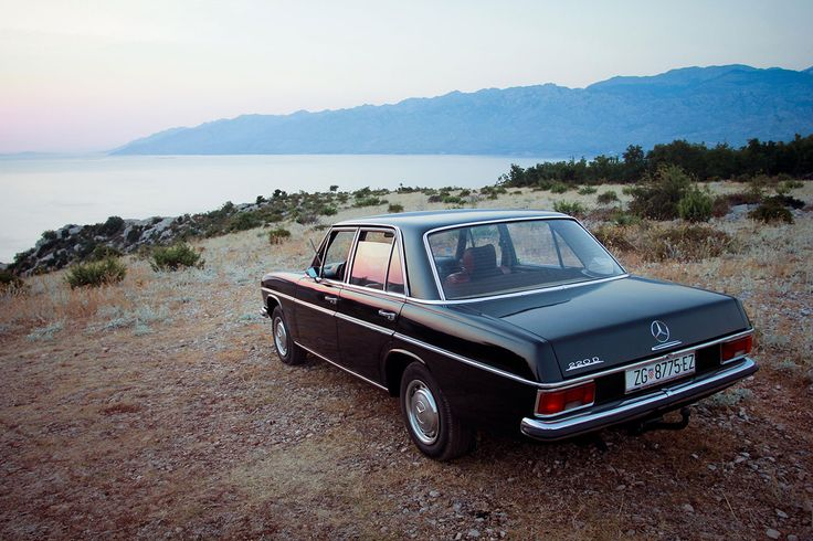 1969 Mercedes-Benz 220D Limousine (W115) #MercedesBenzofHuntValley #Mercedes