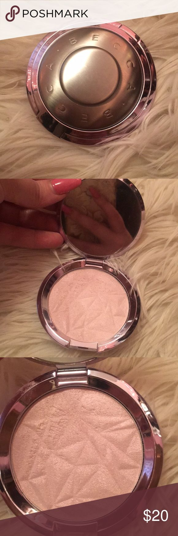 Becca Shimmering Skin Perfector Pressed Prismatic Amethyst. Swatched BECCA Makeup Luminizer