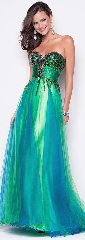 green prom dress! Looks good for girls who have a skinny décolletage
